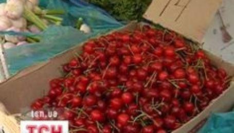 Чи не бракуватиме нам овочів та фруктів?