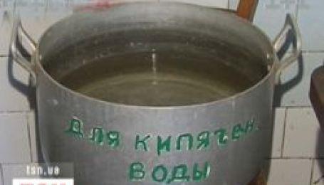 На Дніпропетровщині люди потерпають від зневоднення