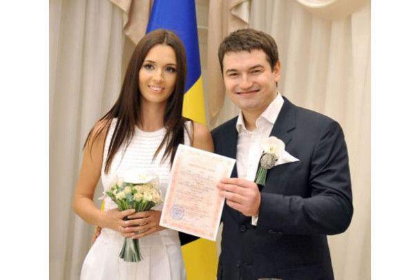 Яким Андрій Ющенко був під час першого весілля та нині