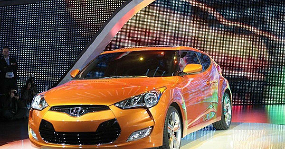 Презентація нового Hyundai Veloster на автошоу в Детройті @ AFP