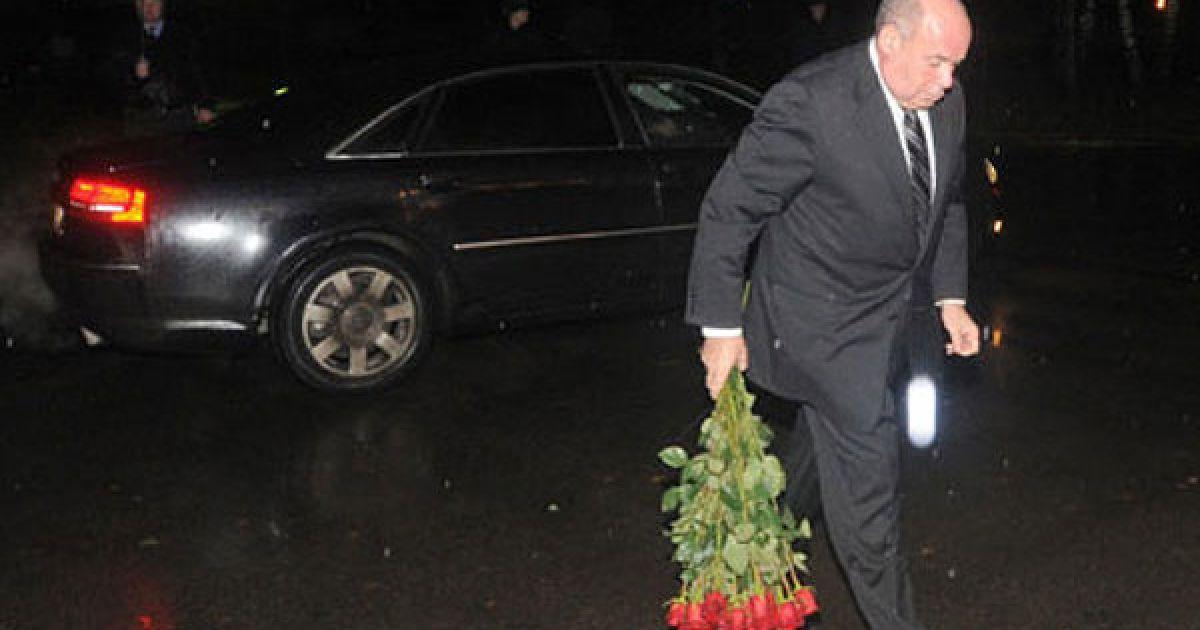 Спеціальний представник президента РФ Михайло Швидкой попрощався з Віктором Черномирдіним @ dni.ru
