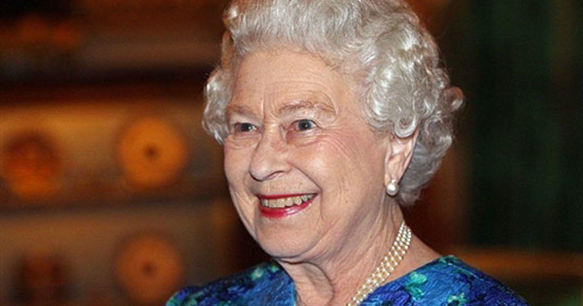 Британська королівська сім'я оголосила про весілля принца Вільяма @ AFP
