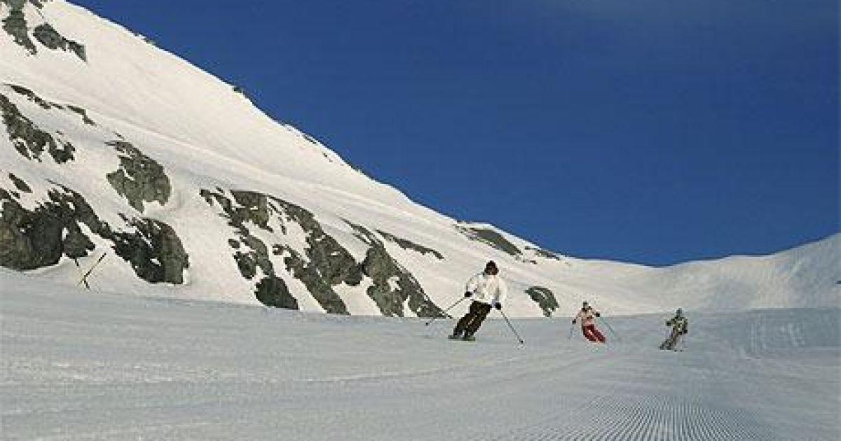 Лаакс, Швейцарія