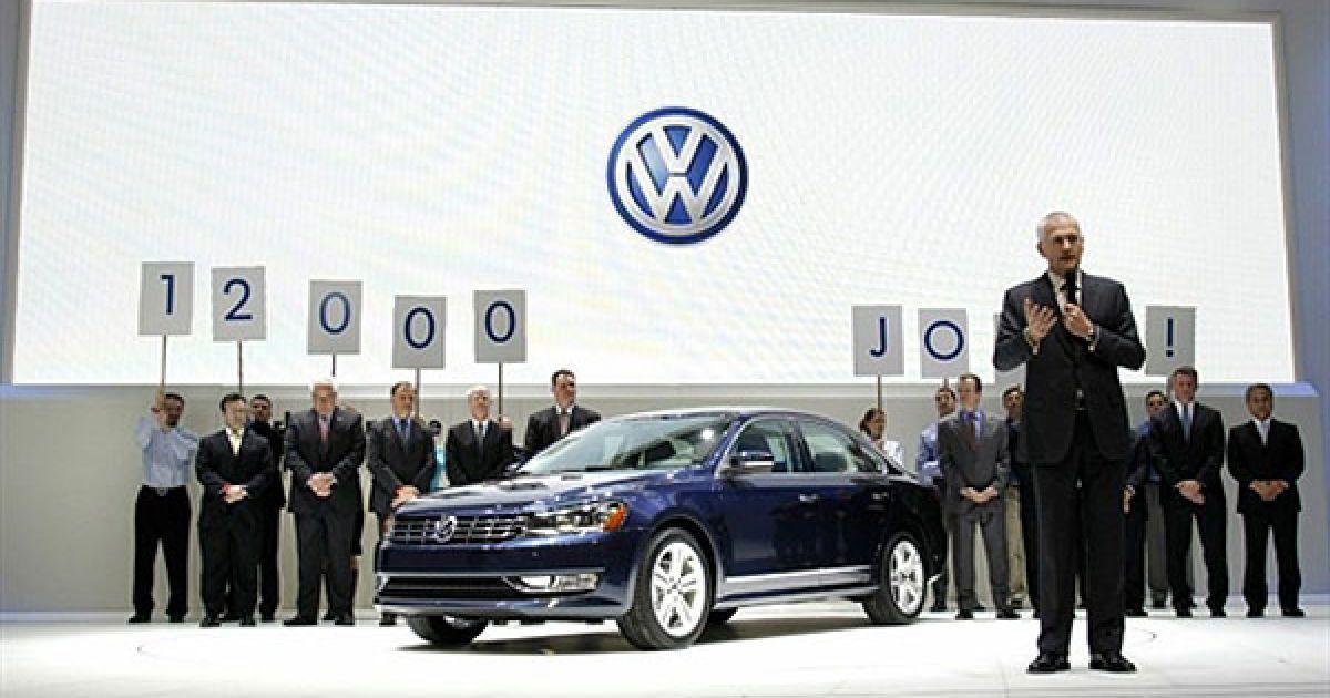 Презентація нового Volkswagen Passat на автошоу в Детройті @ AFP