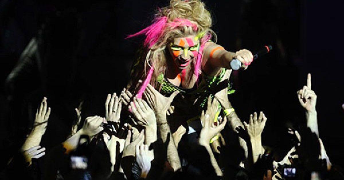 Виступ Ke$ha на MTV Europe Music 2010 @ AFP