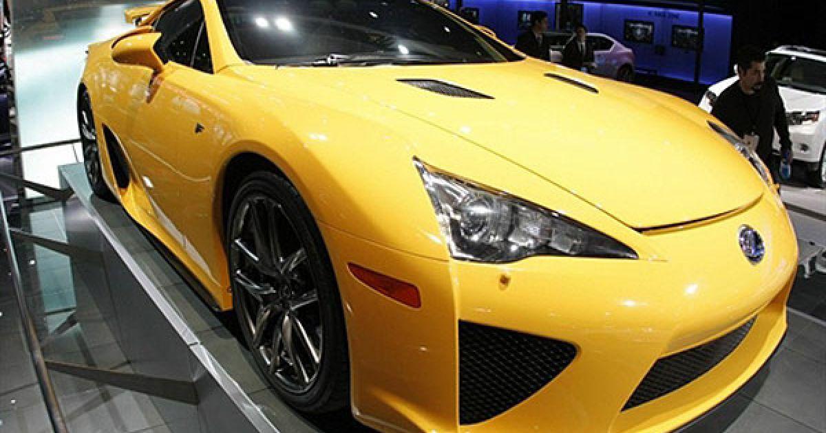 Стенд Lexus на автошоу в Детройті @ AFP