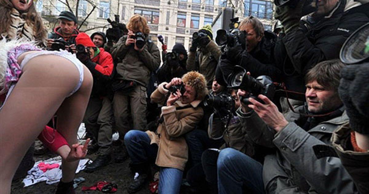 Новости Проститутки На Украине