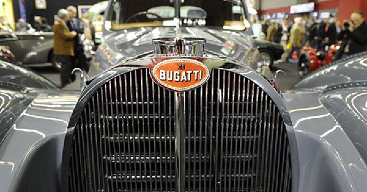 Ретромобіль Bugatti @ AFP