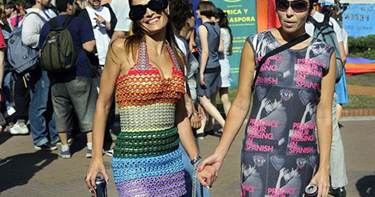 На Плаза де Майо в Буенос-Айресі пройшов ХІХ гей-парад Gay Pride Parade @ AFP