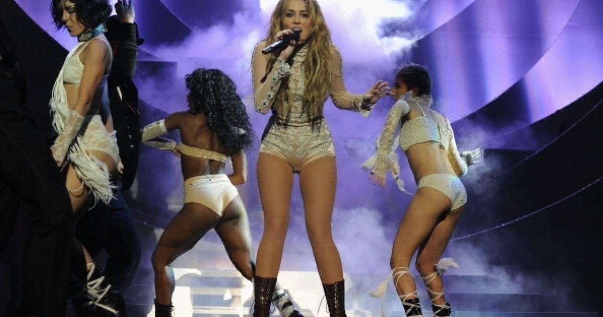 Виступ Мерайї Кері на MTV Europe Music 2010 @ Getty Images/Fotobank