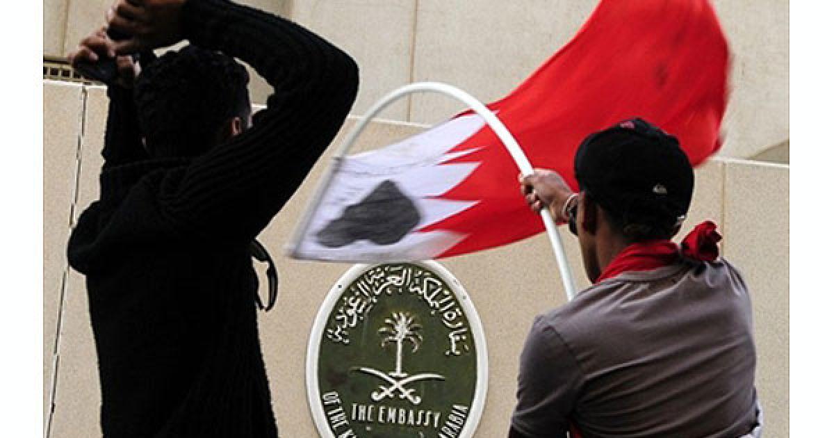 Надзвичайний стан було оголошено після введення в Манаму військ Ради співробітництва арабських держав Перської затоки @ AFP