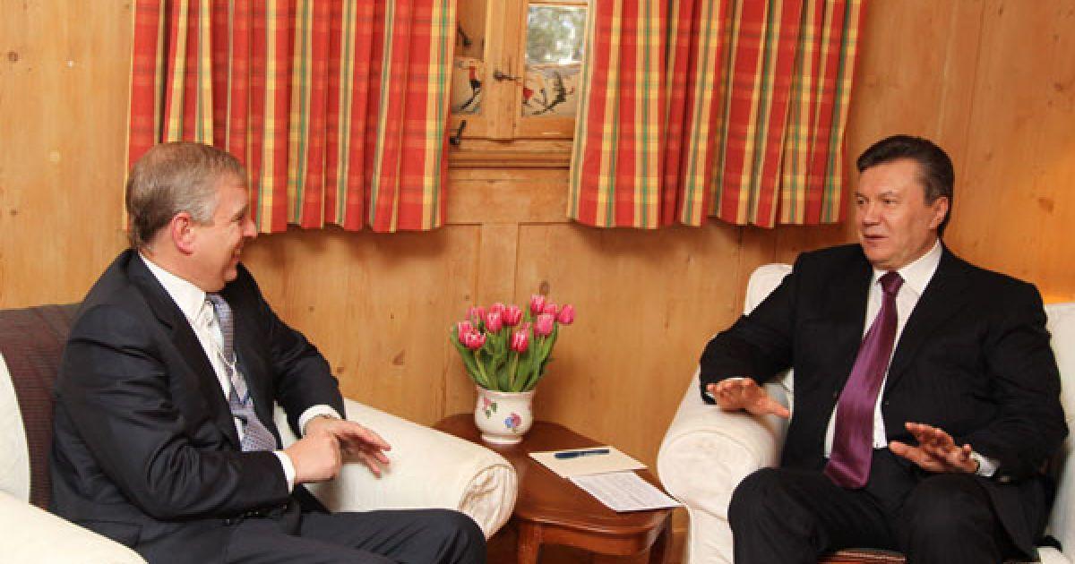 Під час бесіди президент України наголосив, що Велика Британія є надійним та важливим партнером для України. @ President.gov.ua