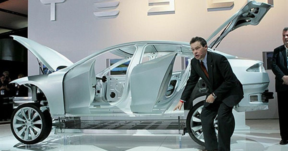"""Модель Tesla Model S """"у розрізі"""" @ AFP"""