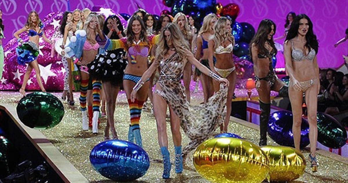 В Нью-Йорку відбулася одна з найяскравіших подій модного світу - модне шоу Victoria's Secret. @ AFP