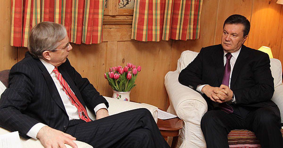 Глава держави звернув окрему увагу на відновлення співпраці з МВФ, що також позитивно вплинуло на розвиток національної економіки та покращення іміджу нашої держави у світі. @ President.gov.ua