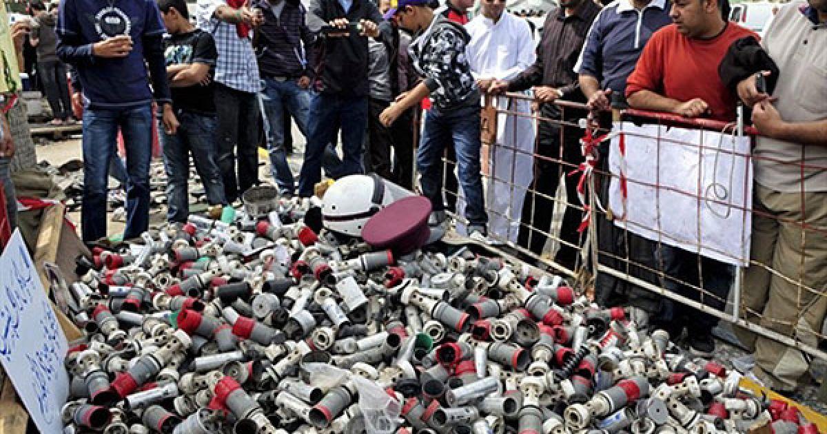 У столиці Бахрейну Манамі поліцейські розігнали демонстрантів гранатами зі сльозогінним газом. @ AFP