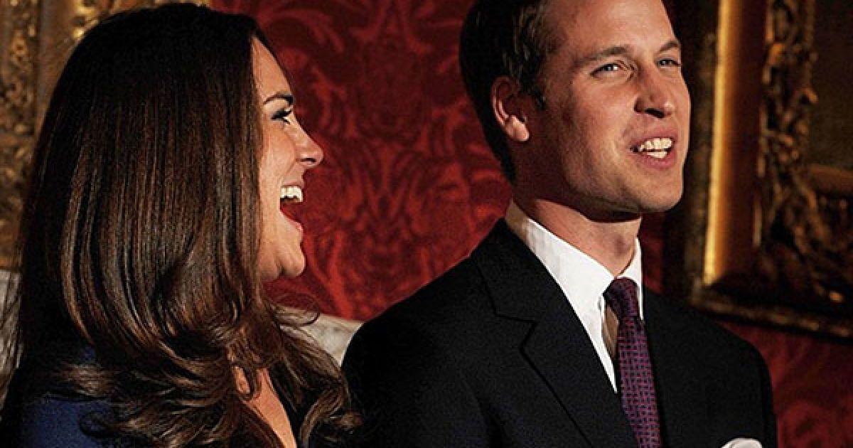 Принц Вільям зробив пропозицію своїй давній подрузі Кейт Міддлтон у жовтні під час відпочинку в Кенії @ AFP