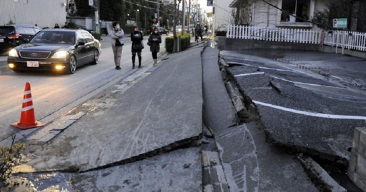 Землетрус і цунамі в Японії @ AFP