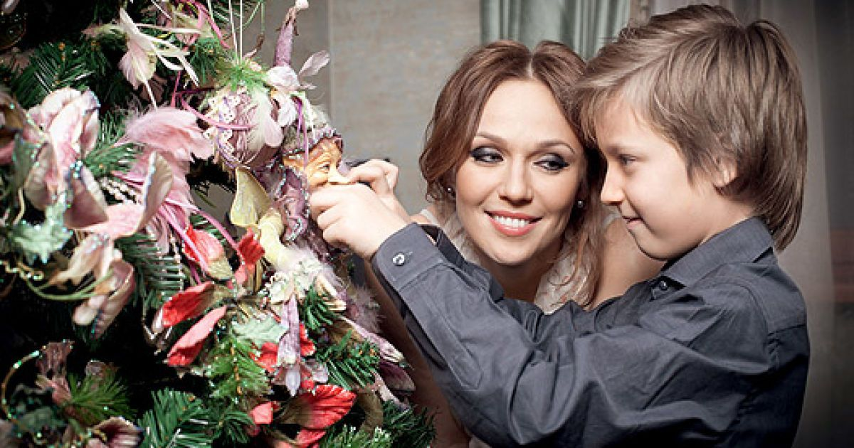Альбина с сыном Константином @ Hello