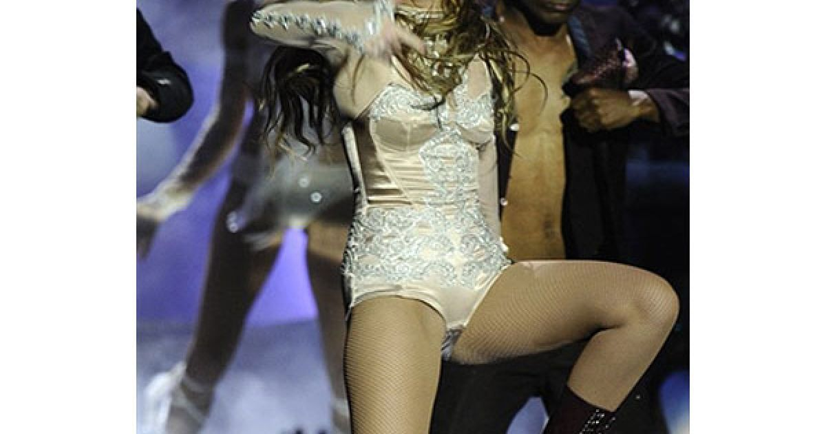 Виступ Майлі Сайрус на MTV Europe Music 2010 @ AFP