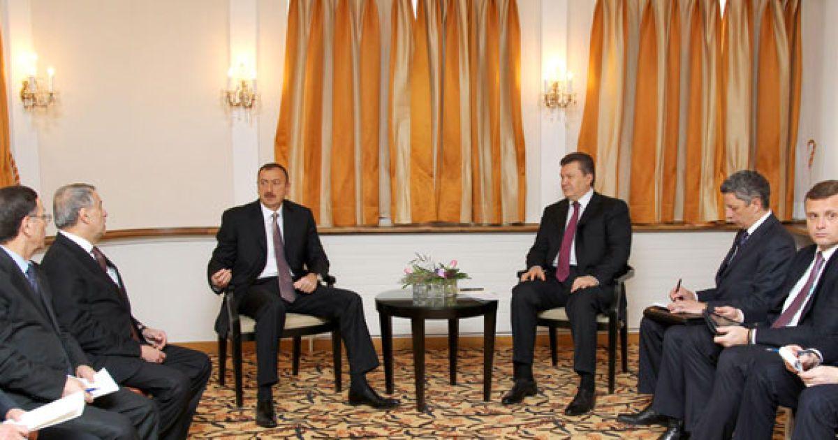 """Янукович і Алієв домовилися про постачання 4 млн тонн азербайджанської нафти на рік нафтопроводом """"Одеса - Броди"""". @ President.gov.ua"""
