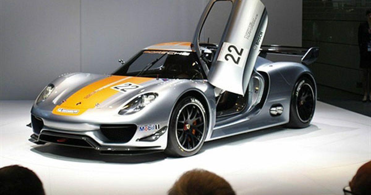 За загальним враженням, головними стендами на салоні стали Porsche і Ford, які представили найбільш яскраві новинки. @ AFP
