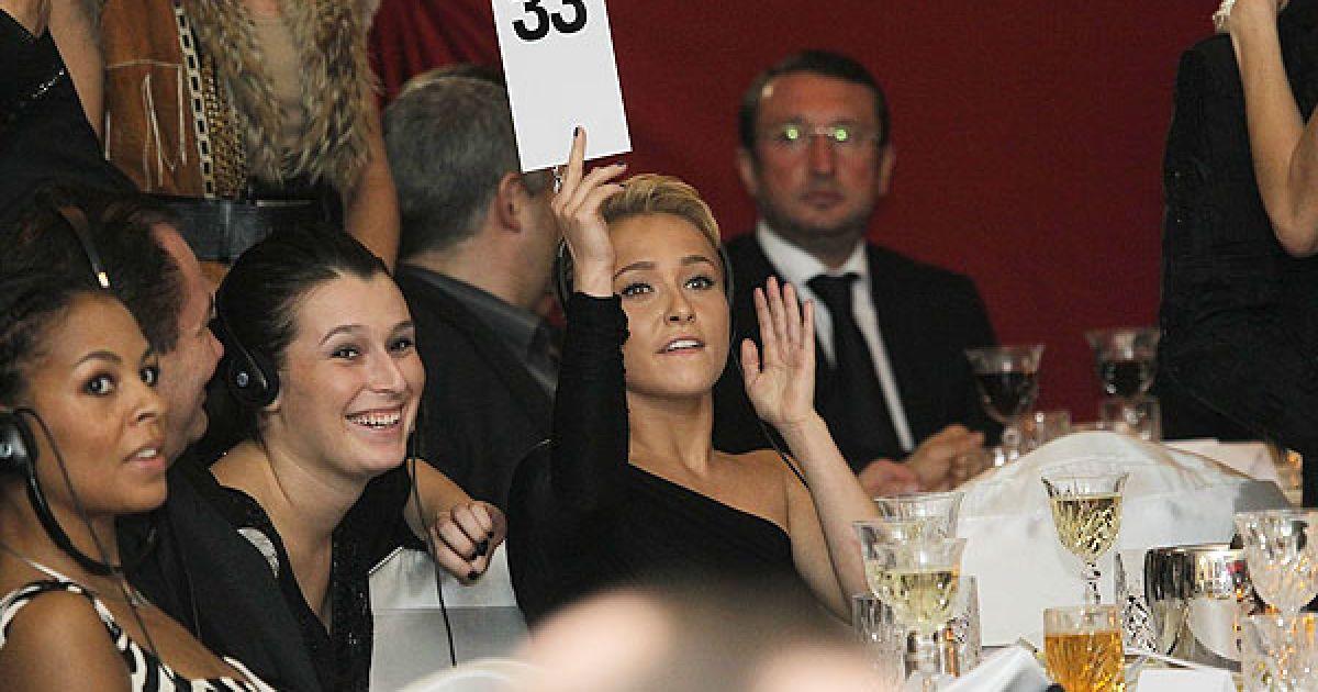 Під час першого благодійного гала-вечора Фонду Братів Кличків було зібрано 880 тисяч євро.