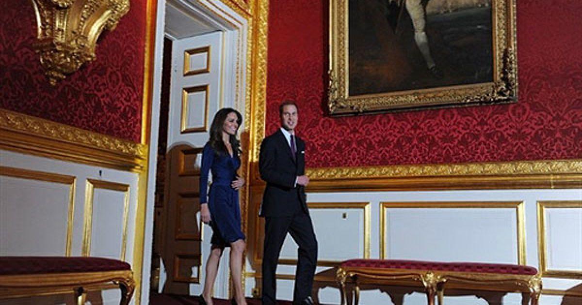 Британський принц Вільям заручився зі своєю давньою подругою Кейт Міддлтон. @ AFP
