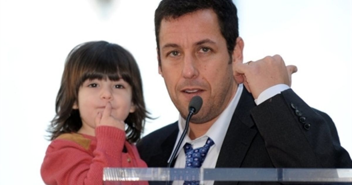 Адам Сендлер з донькою @ AFP