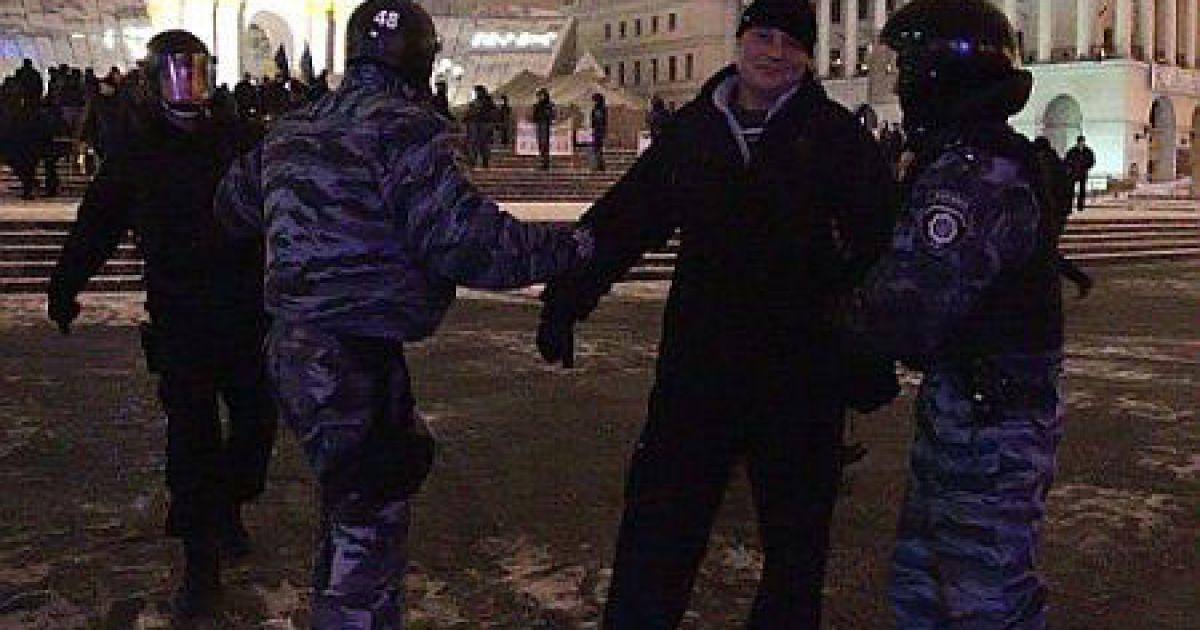 Демонтаж наметового містечка на Майдані @ Українська правда