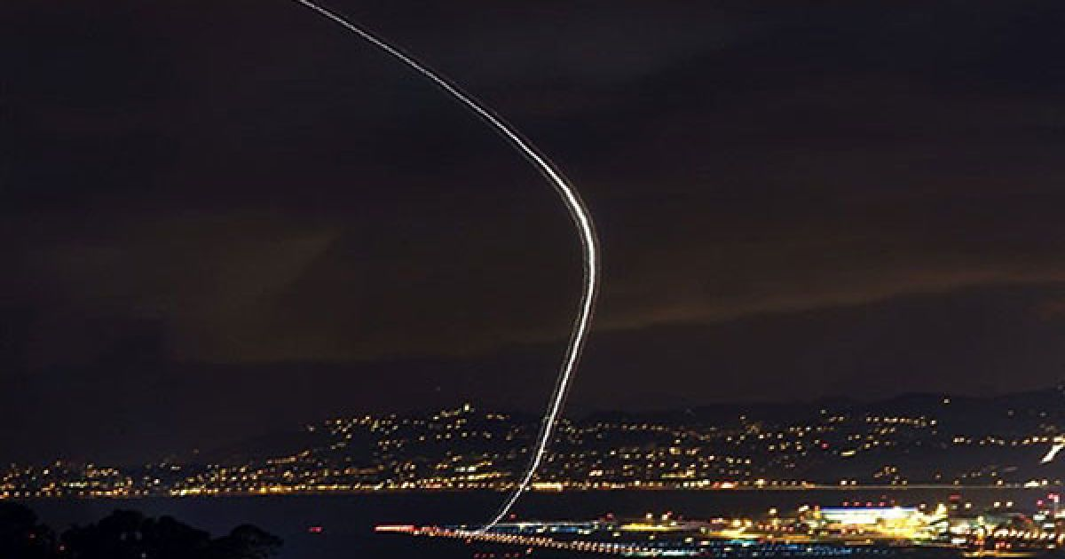 Франція, Ніцца. Літак злітає у міжнародному аеропорту Ніцци, південно-східна Франція. @ AFP