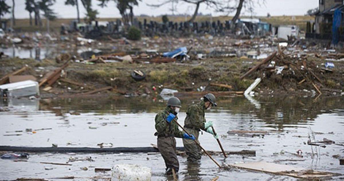 Підземні поштовхи і цунамі завдали величезних збитків північно-східним районам країни. @ AFP
