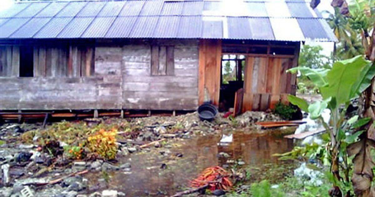 Кількість жертв цунамі в Індонезії перевищила 150, близько 400 осіб пропали безвісти. @ AFP