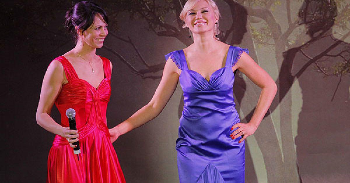 До речі, найбільшу ціну за сукню від Наталії Кличко запропонував її чоловік Віталій.