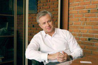В АП уверяют, что Косюк не уволился и сидит в своем кресле