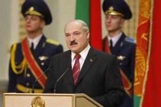 Лукашенко назвал себя первым президентом России (видео)