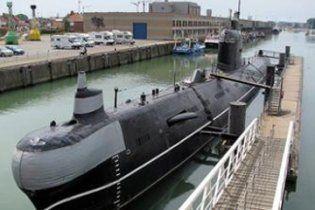 З єдиної в Україні субмарини водолази витягали підводників