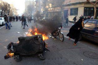 В Тегеране в результате столкновений с суфийской общиной погибли полицейские