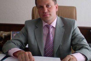 """Мер Житомира назвав """"принциповою"""" купівлю дорогої іномарки за бюджетні кошти (відео)"""