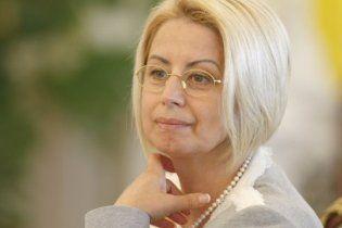 Анна Герман решила покинуть Януковича