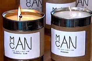 """13-річний хлопчик створив """"чоловічі свічки"""": з ароматом бекону  та піци"""