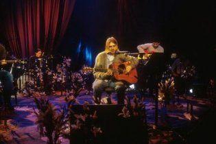 """Продюсери пропонують """"скинутися всім світом"""" для Nirvana і Бьорк"""