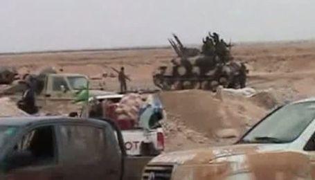 Армия Каддафи приближается к городу Бенгази