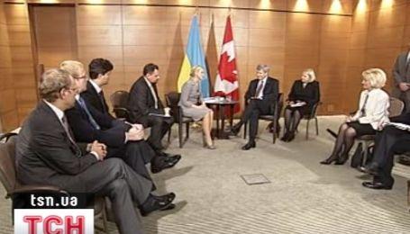 Тимошенко встретилась с премьер-министром Канады