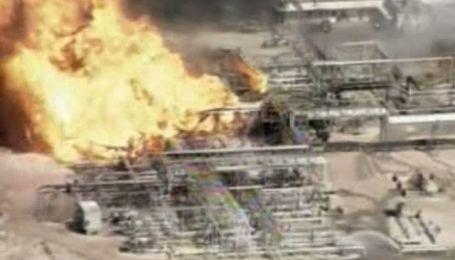 В США взорвался нефтеперерабатывающий завод