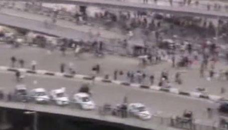 В Каире возобновились ожесточенные столкновения между властью и оппозицией