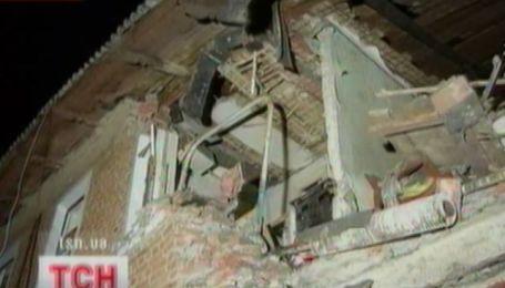 Взрыв в двухэтажном жилом доме в Сумах