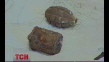 Чоловіка з двома кілограмами тротилу затримали у Харкові