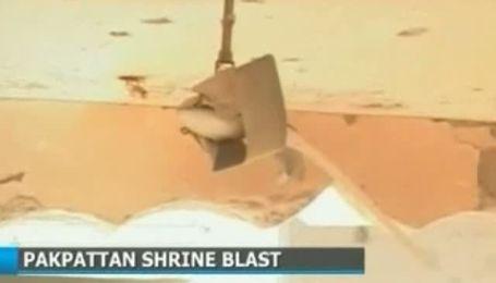 В мечети на востоке Пакистана произошел взрыв