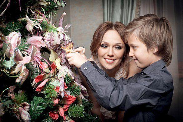 Альбіна Джанабаєва та син Костя_4